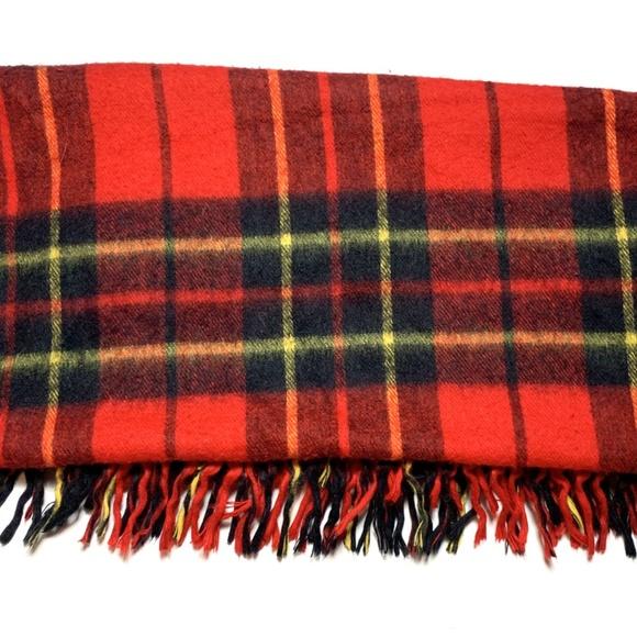 Vintage Plaid Tartan Throw Blanket Fringe Trim Red